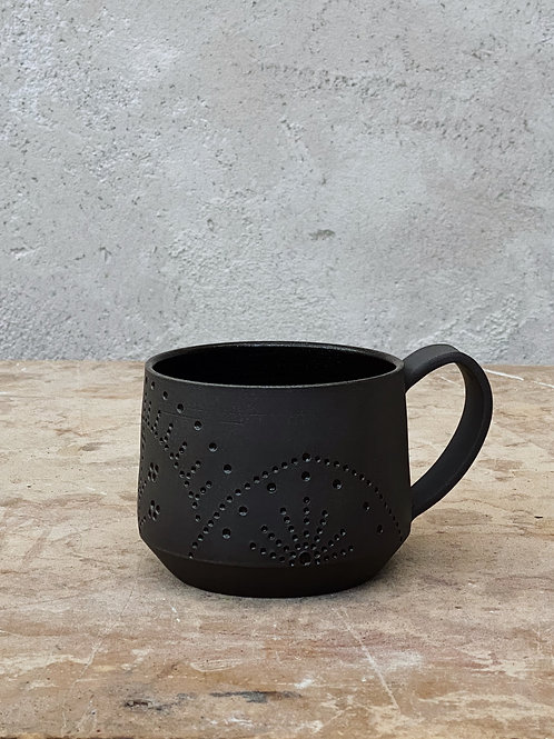 Dark Helios Mug (18oz)