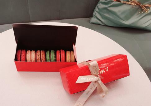 Chez Janet Macaron Gift Box
