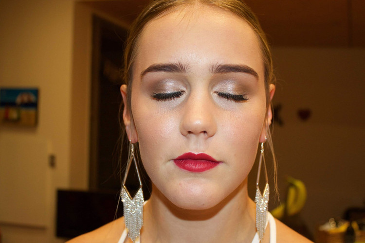 Classic Makeup With Lashes