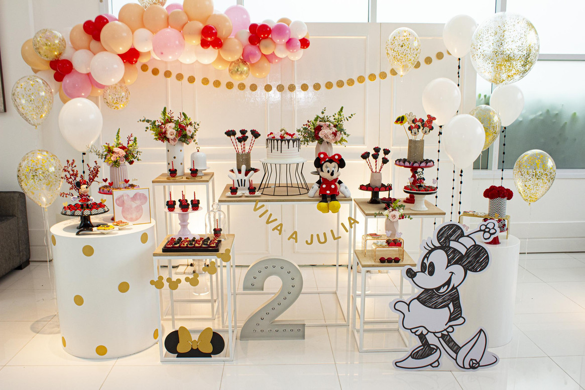 Festa Minnie diferente
