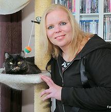 Tierbetreuerin Sonja.jpg