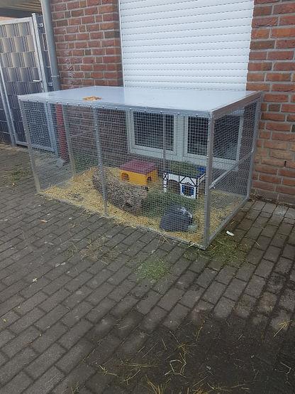 3 qm Kaninchen Außengehege .jpg