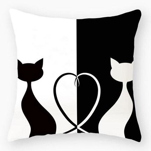 Katzen Kissenüberzug   Black and White Cats mit Herz