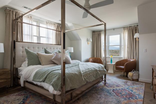 Inn at Stinson Vineyards Montview Suite.jpg