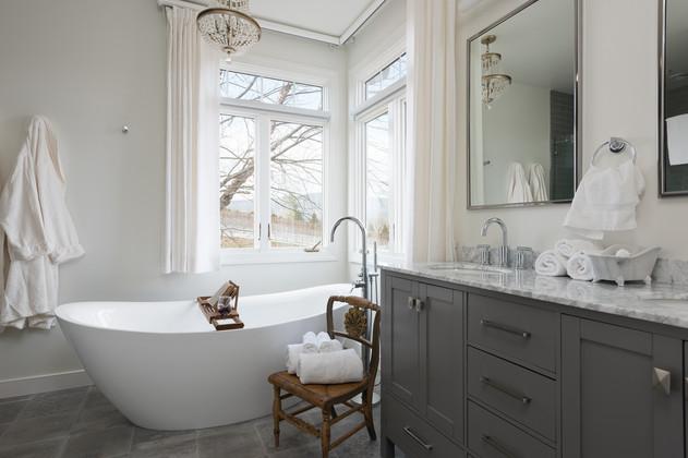 Deluxe Suite Bath   Inn at Stinson Vineyards.jpg