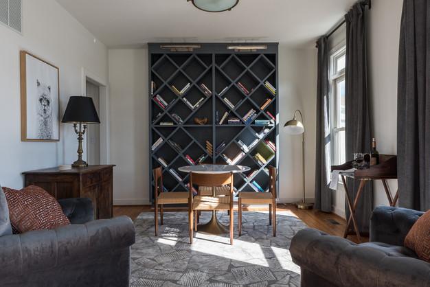 Inn at Stinson Vineyards Sitting Room.jpg