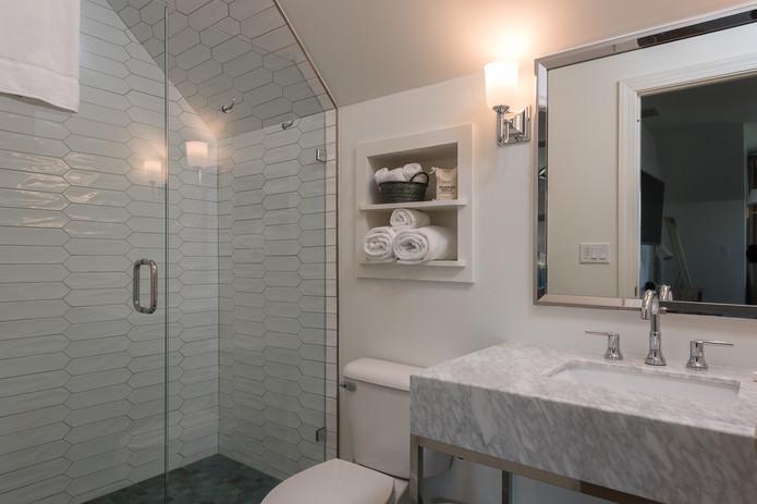 Montview Bathroom | Inn at Stinson Vineyards.jpg