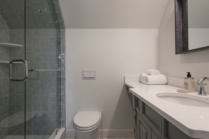 Cottage Room - Bathroom