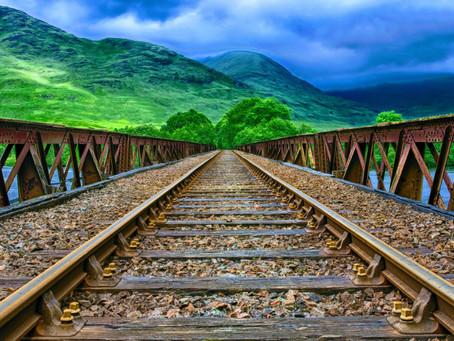 De vacaciones con nuestros derechos. II El transporte ferroviario y marítimo
