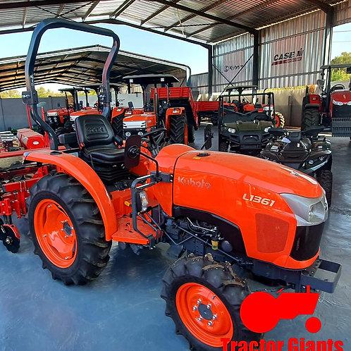 Kubota L1361 tractor (1904)