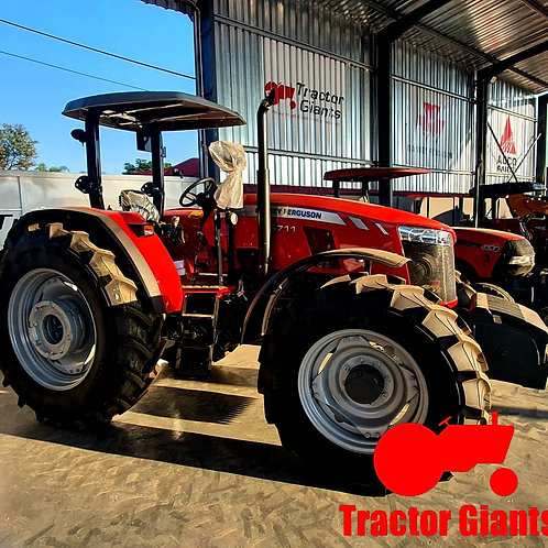 Massey Ferguson 6711 tractor