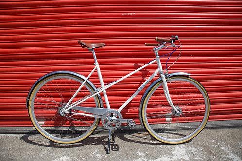 Ten Street Unisex Town Bike