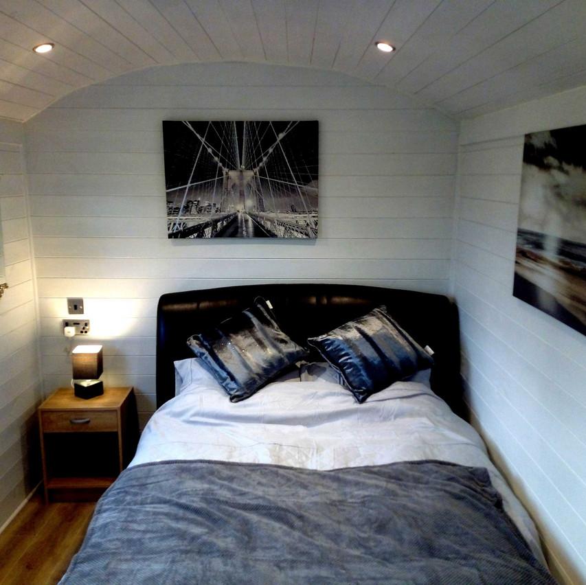 inside_bed