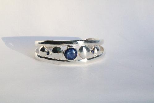 "Silver Star Sapphire Silver Cuff ""Moonphase cuff"""