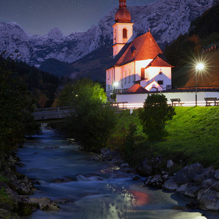 Kirche unter Sternen