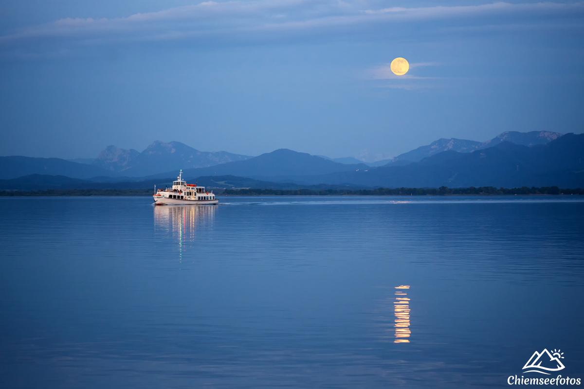 Mondschein Bootsfahrt