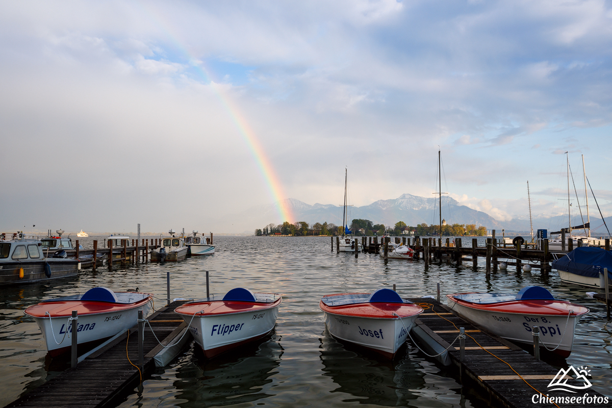 Boote vor der Fraueninsel
