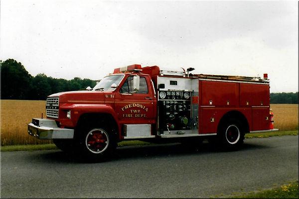 1983 ford.jpg