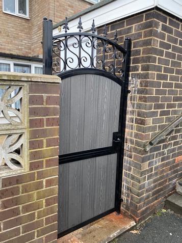 Security Gate 33