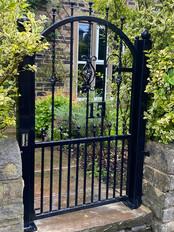 Single Gate 30