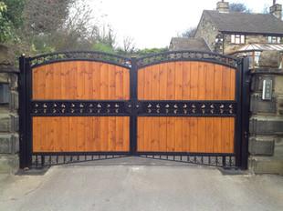 W&C gates 17.JPG