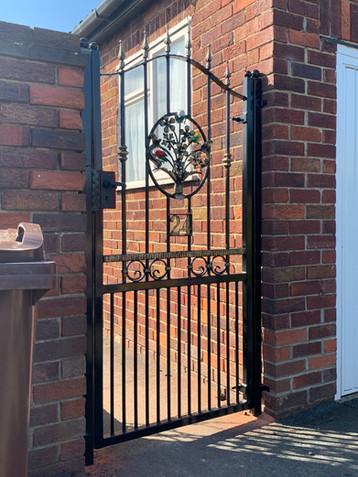 Security Gate 28