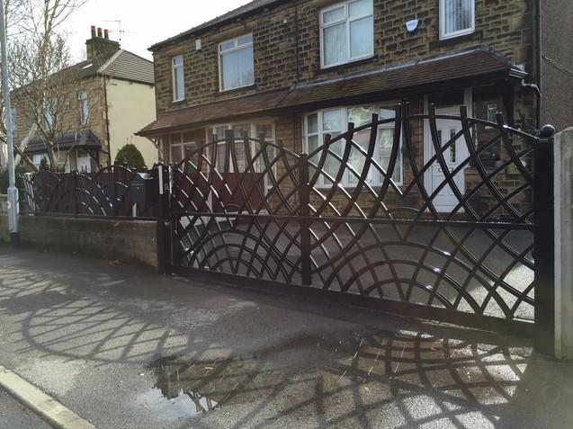 Sliding Gate 16