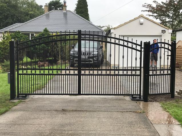 Electric Gate 25