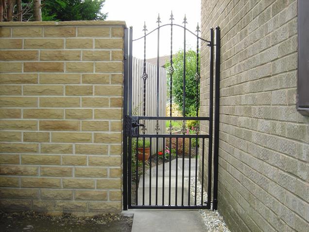 Security Gate 14