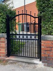 Single Gate 31