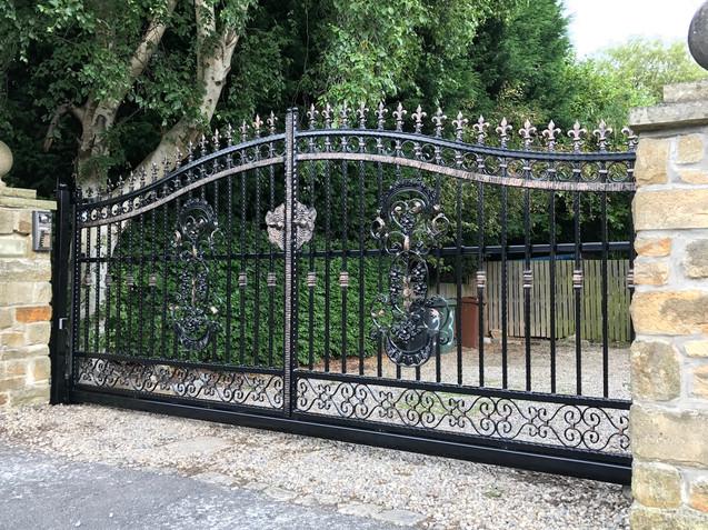 Sliding Gate 13