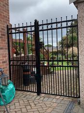 Security Gate 24
