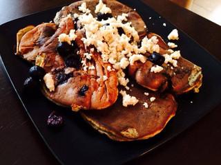 Blueberry Crumb Protein Pancakes