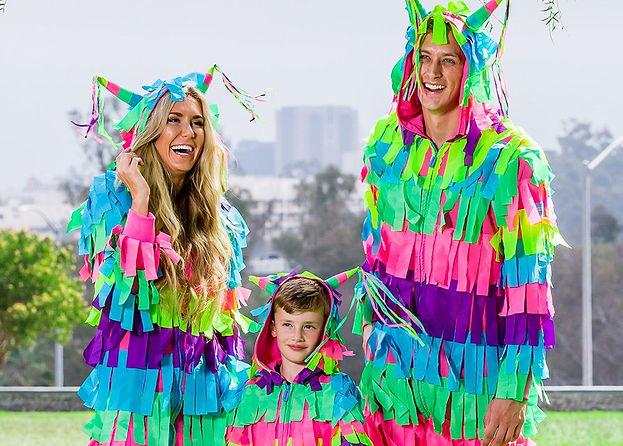 Family-pinata-costume-10.jpeg