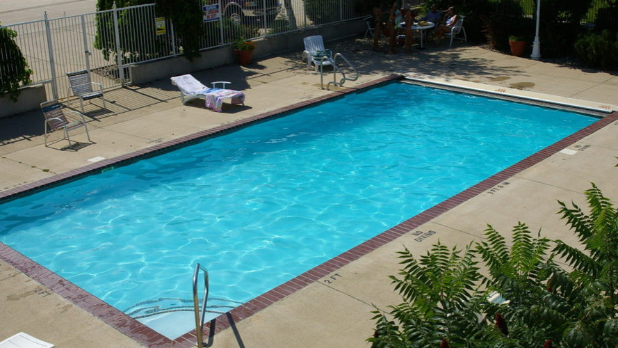 Pelican Ridge Pool
