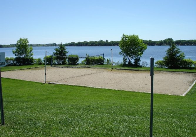 Pelican Ridge volleyball court