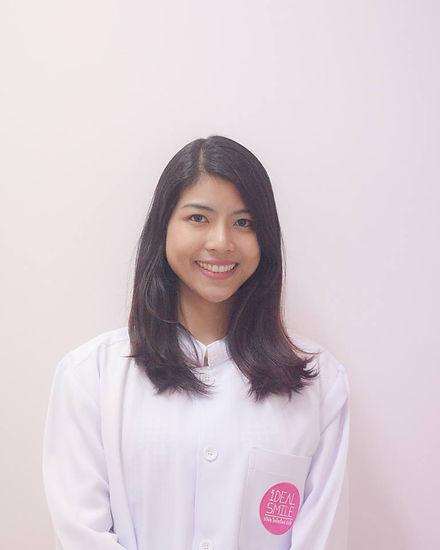 Ideal-Smile-Dentist-19.jpg