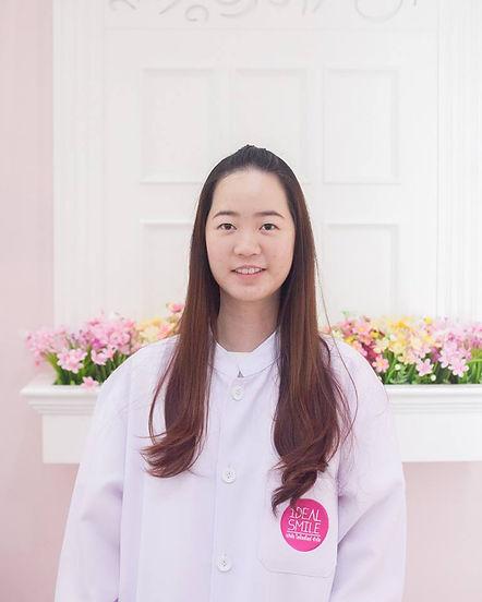 Ideal-Smile-Dentist-14.jpg