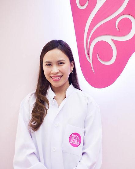 Ideal-Smile-Dentist-10.jpg