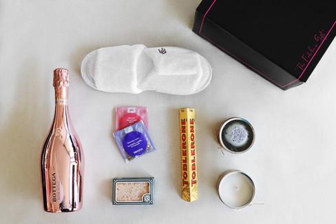 The-Fabulous-Gift-wedding-box-9.jpg
