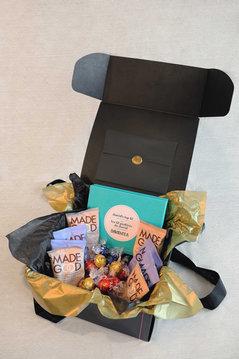 The-Fabulous-Gift-box-05.jpg