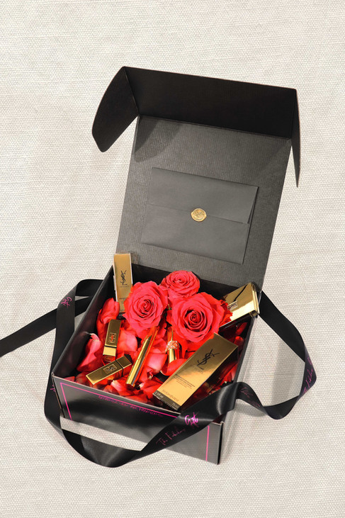 The-Fabulous-Gift-box-08.jpg