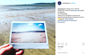 An example of a voting contest on Instagram by swanseauni