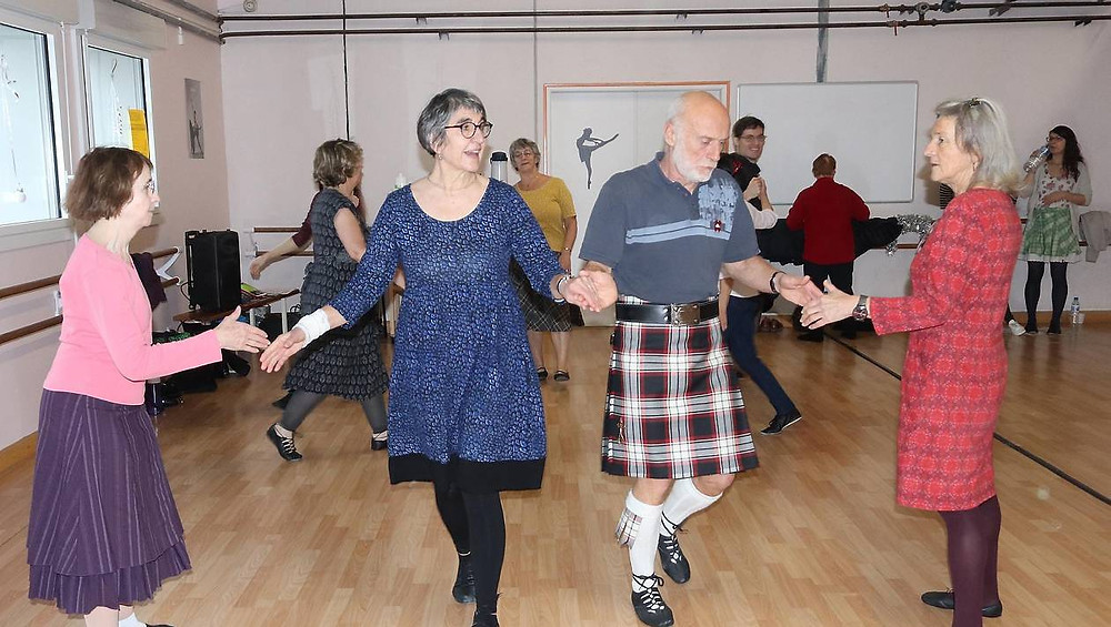 Ils ont appris les danses écossaises avec Breizh British