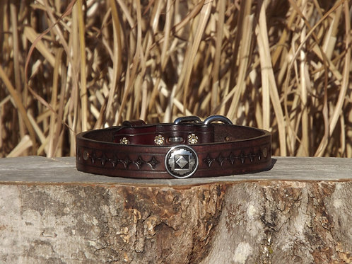 """Tooled Weathered Walnut Buckle Collar with Concho (Fits 14 7/8""""-16 1/4"""" neck)"""