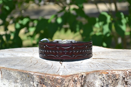 "11 3/4"" Tooled Cherry Side Release Buckle Collar"