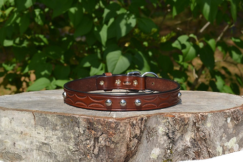 "Tooled Buckle Collar w/ SS Spots (Fits 18 1/2""-19"" neck)"