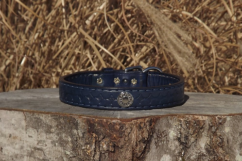 "Tooled Blue Buckle Collar w/ Concho and SS Spots (Fits 16 1/2""-17 1/4"" neck)"