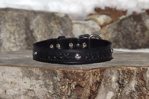 """Tooled Black Collar with SS Spot Accents (Fits 15 1/4""""-16 3/4"""" neck)"""