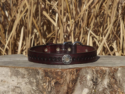 """Tooled Weathered Cordovan Buckle Collar with Concho (Fits 16 1/2""""-17"""")"""